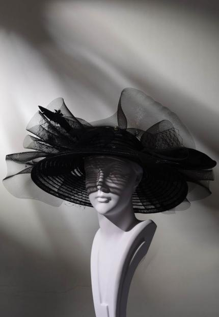 Stephen Jones Spring Summer 2017 Shade collection oversized ascot hat tulle feather