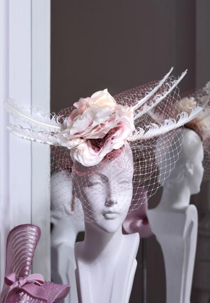 Stephen Jones Millinery Spring Summer 2018 Hats Amazing flower feather headdress