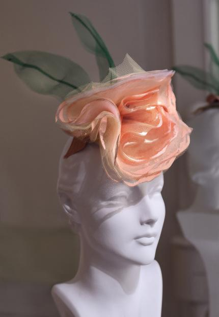 Stephen Jones Millinery Spring Summer 2018 Hats Pretty tulle flower headdress
