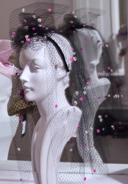 Stephen Jones Millinery Spring Summer 2018 Hats Gorgeous spot veiling headband