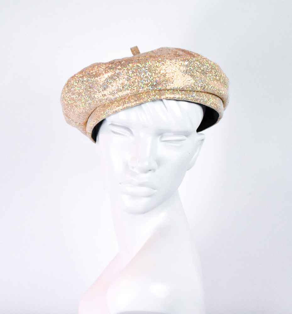 gold-beret-front